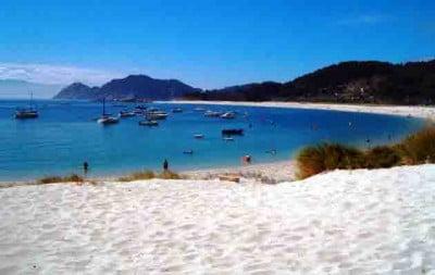 playa-de-rodas-en-las-islas-cies