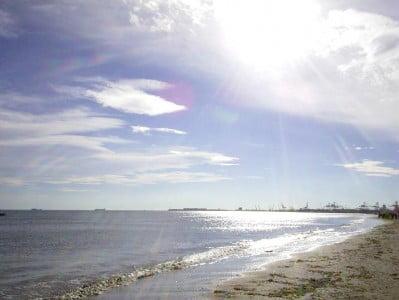 Relajarse en las playas de valencia - Hoteles en la playa de la malvarrosa ...