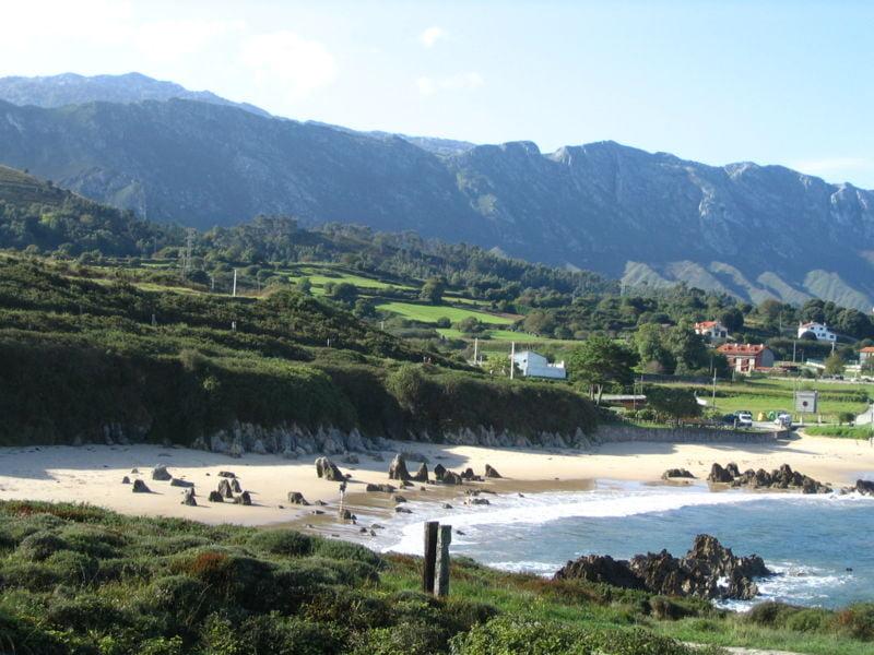 playas de Llanes playa de Toró