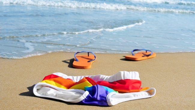 Praias núas e gais