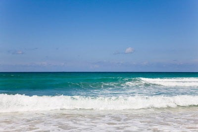 playas vírgenes mar tranquilo