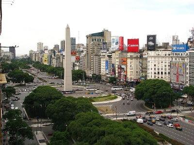 Plaza de la República y obelisco de Buenos Aires, Argentina
