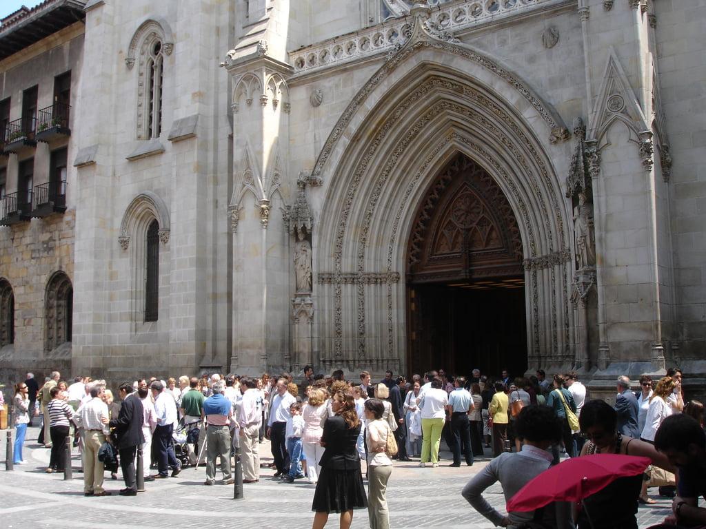 Portada de la Catedral de Santiago de Bilbao