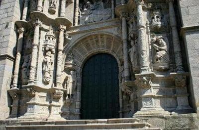Portada de la Basílica de Pontevedra