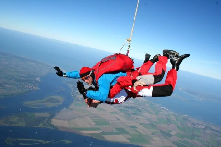 practicar Skydive