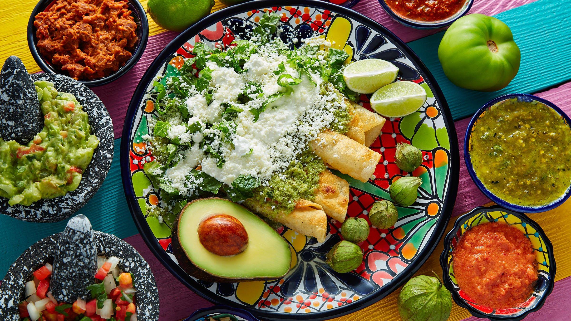 Comida t pica de m xico la enchilada for Menu tipico frances