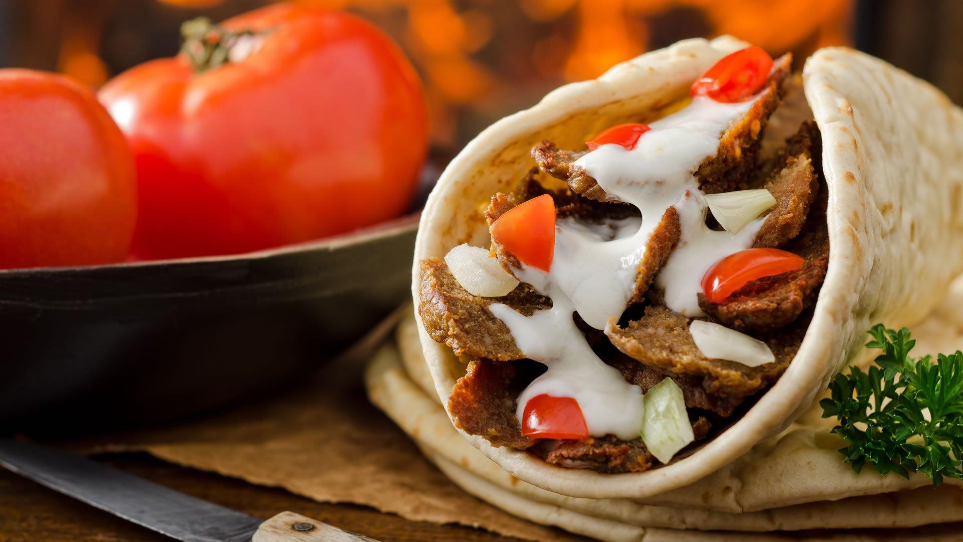 Receta de gyros, uno de los platos tradicionales de Grecia