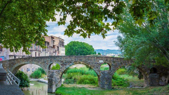 ヴィックのローマ橋、バルセロナ