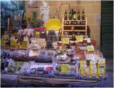 Puesto del Mercado de Vucciria en Palermo
