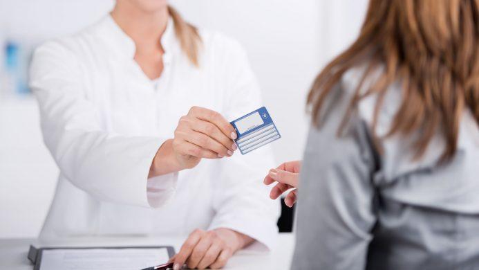 Was passiert, wenn Sie eine abgelaufene Europäische Gesundheitskarte haben?