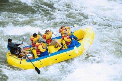 rafting en Aragón comenzando la travesía
