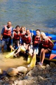 rafting en Aragón preparandose