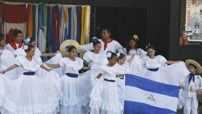 Traje típico de El Salvador