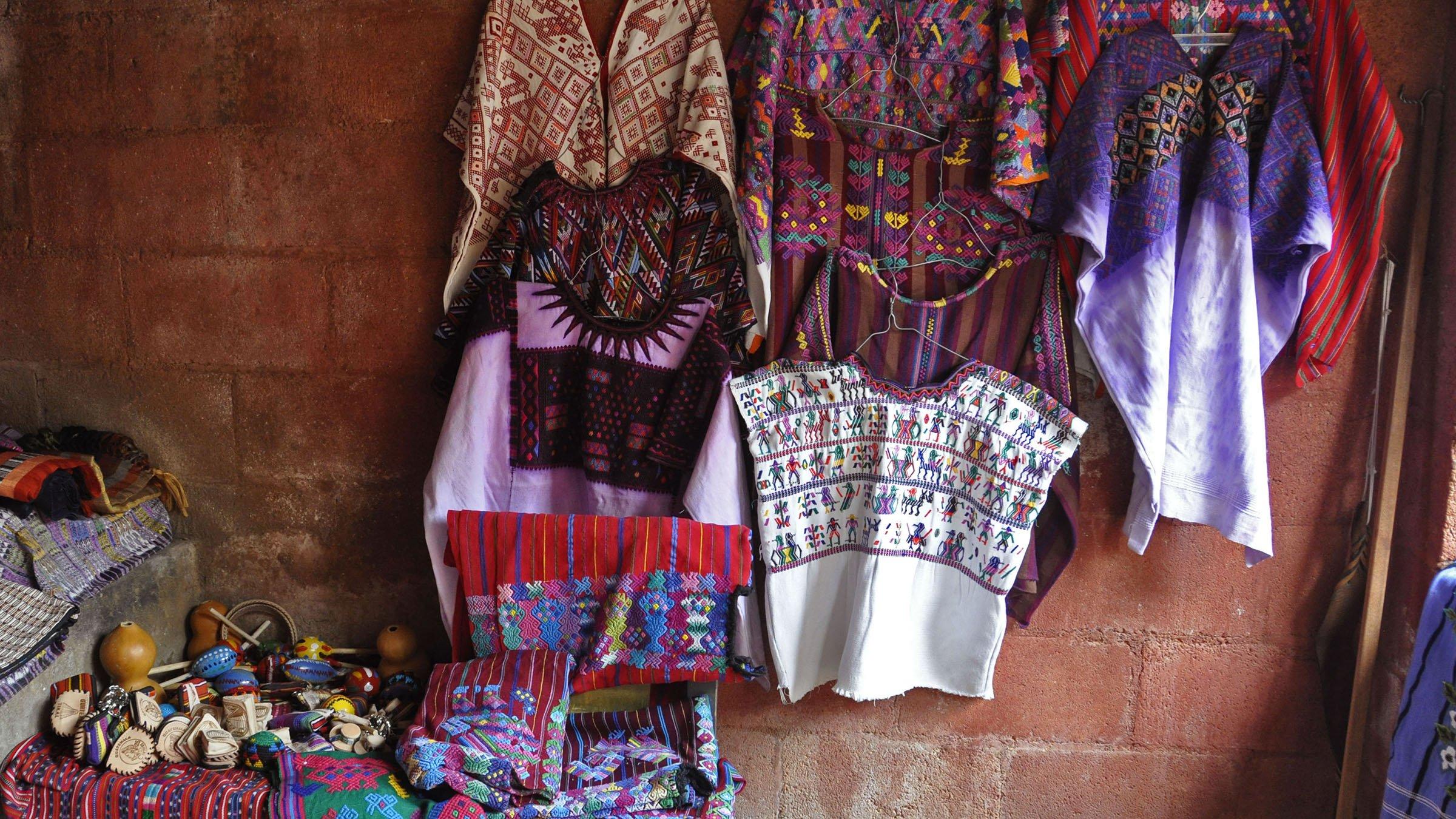 f1f1351de Traje típico de Sacatepéquez