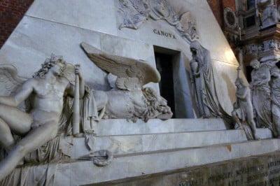 Tumba de Canova en Venecia