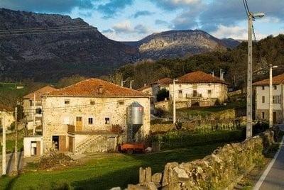 Turismo rural en Cantabria la Granada