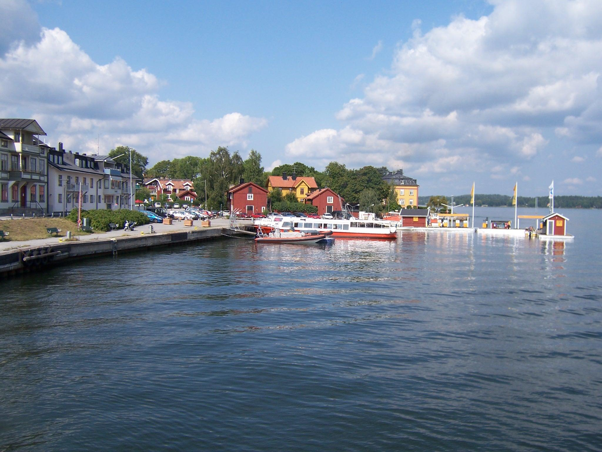 vaxholm muslim Teacher overview provide your students with the opportunity to train with exercises developed by some of the world's leading scientists and game developers within.