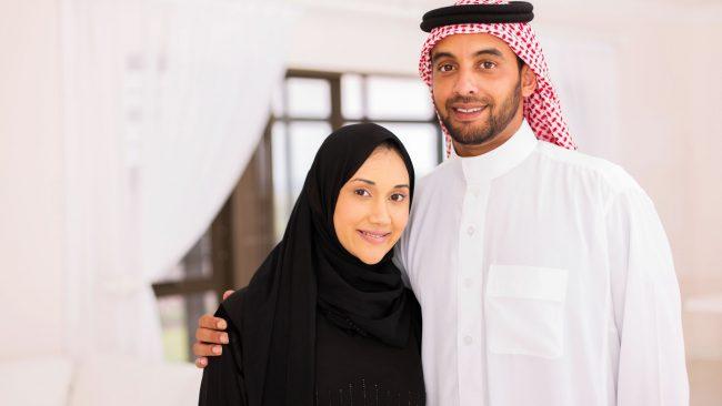 Vestimenta del mundo árabe para hombre y mujer