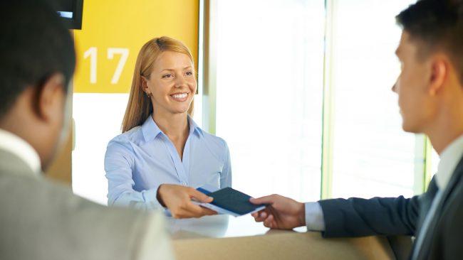 Viaxa cun DNI ou pasaporte caducado con Vueling
