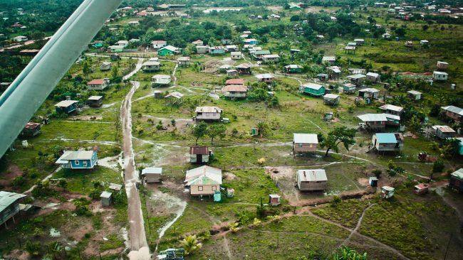 ニカラグア北カリブ海沿岸のプエルトカベサスの航空写真