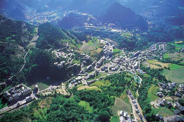 Vista Panoramica de la capital Andorra