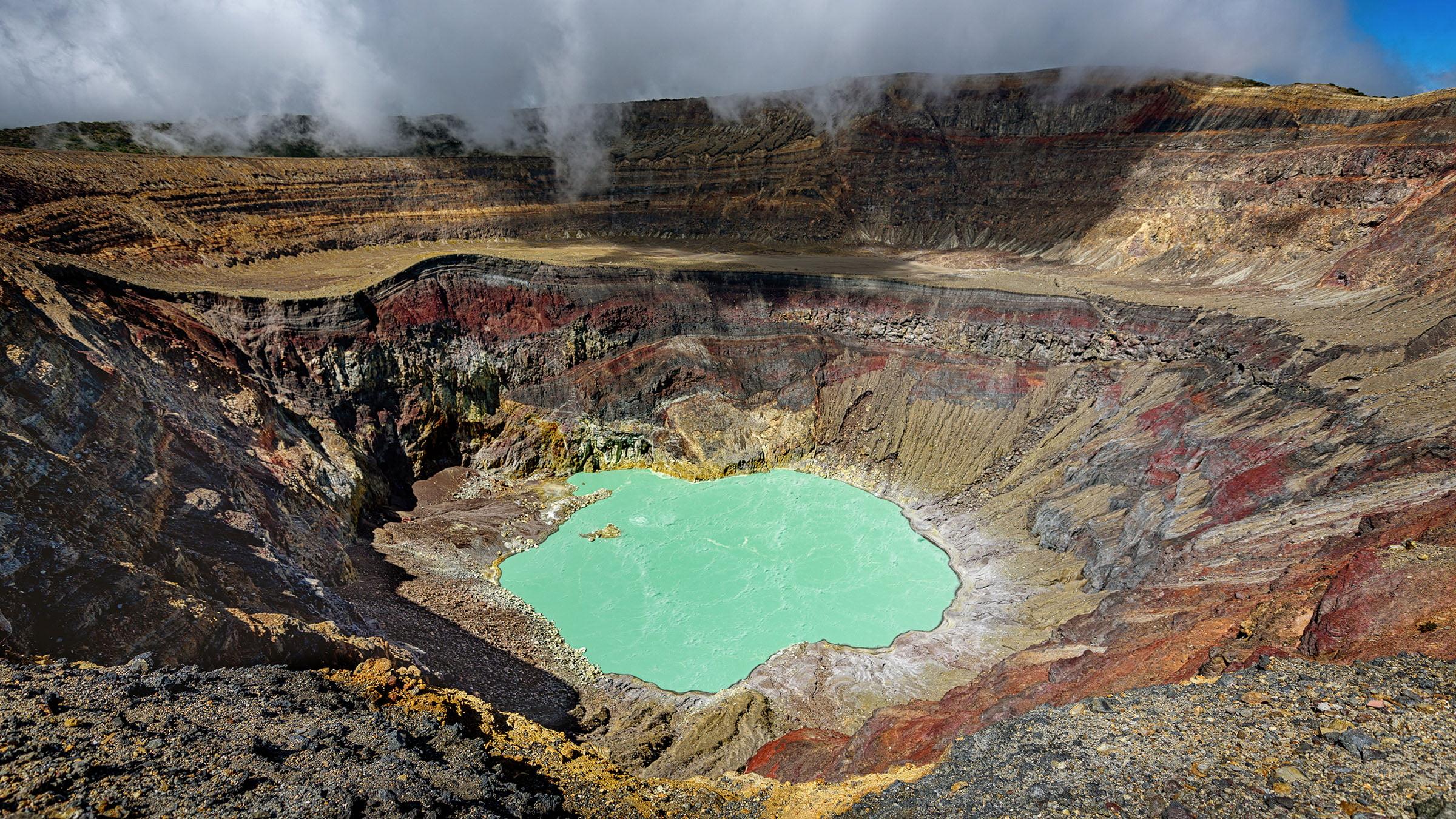 volcan-ilamatepec-el-salvador