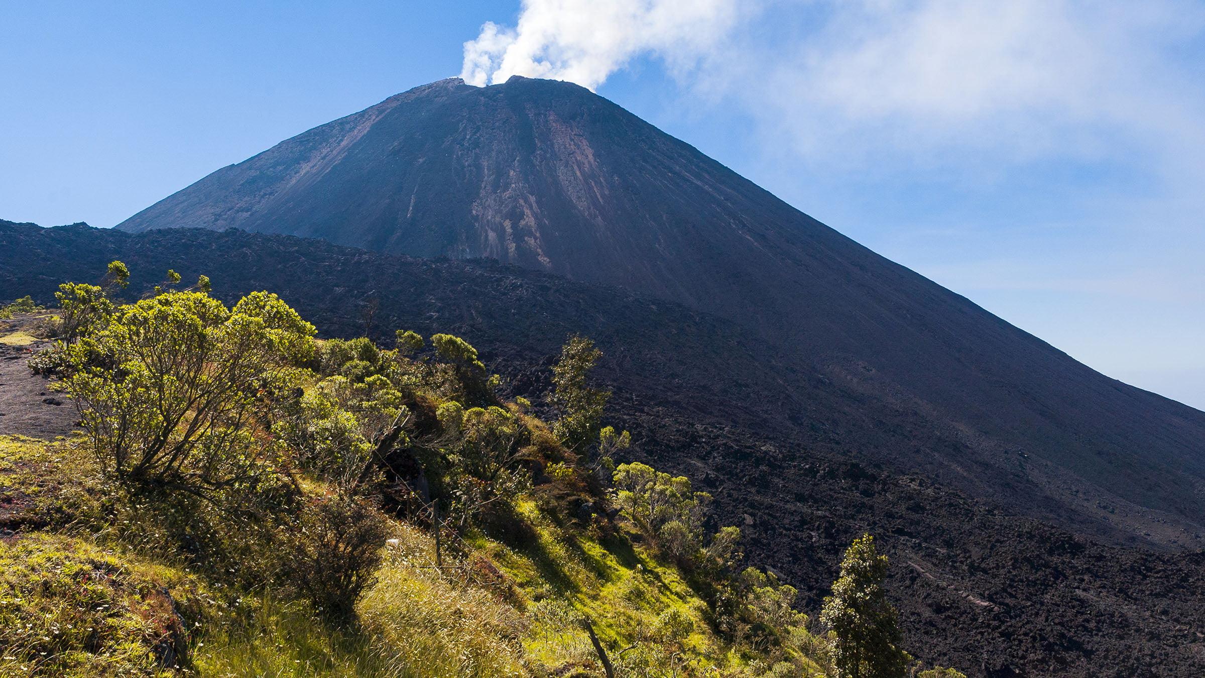 volcanes de Guatemala Pacaya