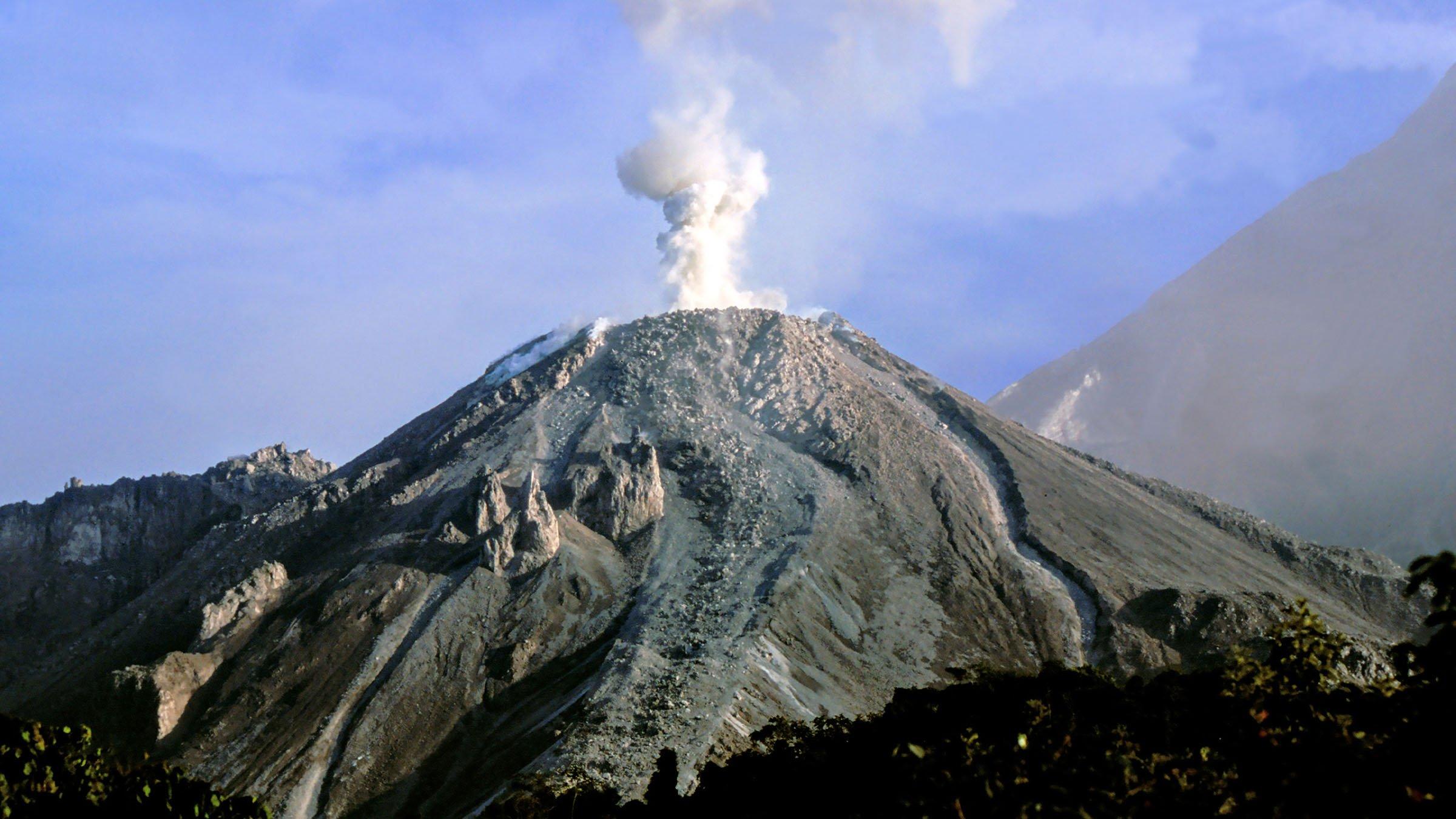 volcanes de Guatemala Santiaguito