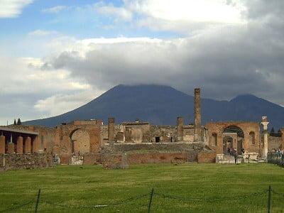 volcanes más importantes monte Vesubio en Italia